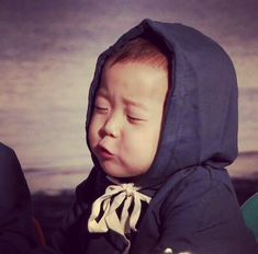 Minguk Song Funny Babies, Cute Babies, Superman Kids, I Miss You Guys, Song Daehan, Song Triplets, Asian Kids, Kid Styles, Baby Pictures