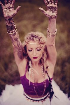 Gypsy wedding style by Hello Miss Lovely
