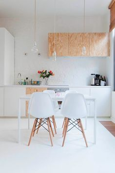 Plywood + white + eames  / kitchen