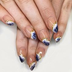 Stunning Geode Nail Designs For Crystal Lovers ? Crystal lovers nowadays must be very happy with the Geode nail designs. Here are stunning geode crystal nail designs to inspire you! Nail Art Designs, Marble Nail Designs, Nail Crystal Designs, Unique Nail Designs, How To Do Nails, Fun Nails, Nail Design Glitter, Wave Nails, Nails Polish