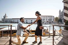 He surprised her in Venice with the most amazing marriage proposal! Now this is romance.