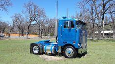 Peterbilt 352 Custom Peterbilt, Peterbilt 379, Peterbilt Trucks, Chevy Trucks, Big Rig Trucks, Semi Trucks, Cool Trucks, Cab Over, Toyota 4runner