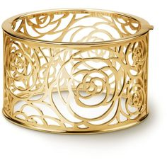 Camélia bracelet Camélia Ajouré cuff, in 18K yellow gold ❤ liked on Polyvore featuring jewelry, bracelets, cuff bangle, gold jewelry, gold bangles, cuff jewelry and 18k jewelry