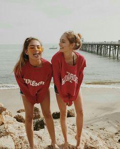 Imagen de beach, summer, and bff Bff Pics, Photos Bff, Friend Photos, Best Friend Goals Teen, Best Friend Fotos, Best Friend Pictures Tumblr, Bff Pictures, Friendship Pictures, Beach Pictures