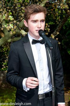 Harrison Craig - fantastic voice.