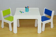 Mesa Quattro Branca e Cadeiras Infantis Verde e Azul