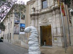 Esculturas orgánicas, denominadas Smörfs, invaden Valencia. Obra de Venske y Spänle. #Valencia #Homocultum #sculpture #art