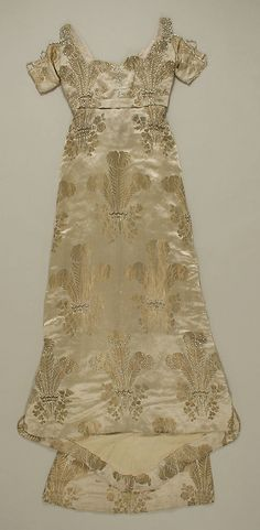 Evening dress Weeks  (French)   Date: ca. 1911 Culture: French Medium: silk, metal, glass. Front