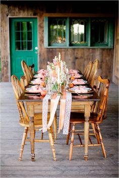 Peach and Gold Wedding Inspirational Shoot by Gabriela Ines Photography via lemagnifiqueblog.com