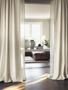 Two layered curtains / drapes. Beige, warm hues all around makes me long for summer. Pics from Linum. Cream Curtains, Beige Curtains, Velvet Curtains, Drapes Curtains, Linen Curtain, Drapery, Interior Exterior, Interior Design, Layered Curtains