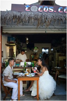 How cute is this photo of newlywed couple Linda and Vison in Puerto Morelos? Photo by jt images.