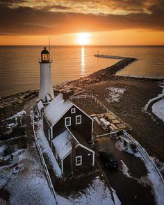 Old Scituate Light, Massachusetts How about this amazing shot from @gsager18 to take us into the weekend!