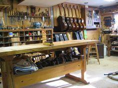the luthiers workshop atelier pinterest guitars guitar building and acoustic. Black Bedroom Furniture Sets. Home Design Ideas