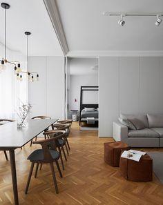Průhled z obývacího pokoje a jídelny do ložnice