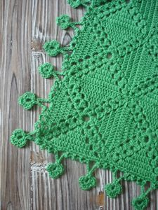 crochet--these blocks would make pretty placemats/napkins