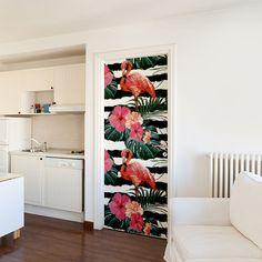Apportez une touche d'exotisme et de fun contemporain avec ce sticker de porte flamant rose qui vient égayer la déco de porte. #porte #sticker #déco #décoration #flamantrose #flamingo #exotique #exotic #blackandwhite Deco Design, Curtains, Urban, Fun, Style, Greater Flamingo, Insulated Curtains, Fin Fun, Drapes Curtains