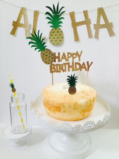 Pineapple Party Cake Topper Cupcake Topper by DKDeleKtables Aloha Party, Tiki Party, Bbq Party, Luau Party, Hawaiian Birthday, Luau Birthday, Happy Birthday, Hawaiian Party Decorations, Kids Party Themes