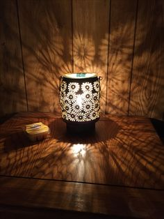 Daisy Lantern Warmer - available March 1st, 2017! That's soo pretty:) www.wholovesessence.scentsy.us