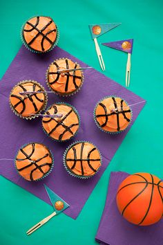 For the basketball team or a basketball themed birthday!
