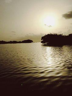 Pensa num lugar que é quente e que tem mosquitos no verão mas pensa num lugar que é maravilhoso 🌅 #sunset #travel
