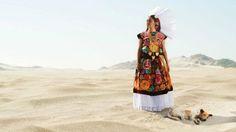 El increíble color de las comunidades indígenas de Oaxaca - BBC Mundo
