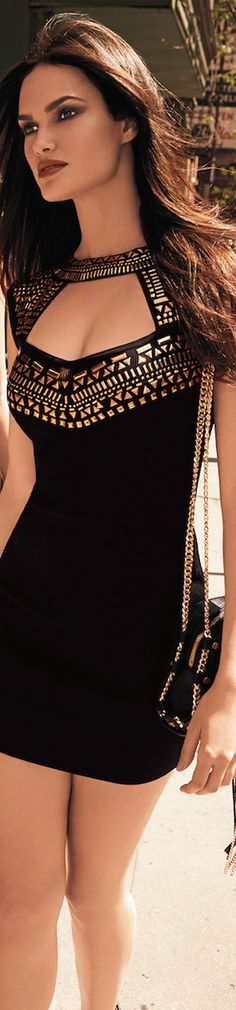 Love the cleavage embellishment Classy Dress* Cool Fabric* Fashion Tips* Great…