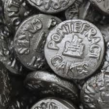 Pontefract Cakes are a traditional liquorice sweet named after the Yorkshire town they are originally from. Pontefract Cakes are small, thin liquorice disks. Uk Sweets, Retro Sweets, Sweet Memories, Childhood Memories, 1970s Childhood, School Memories, Yorkshire Towns, Yorkshire Food, West Yorkshire