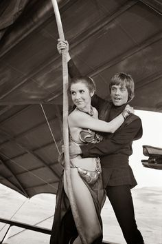 Carrie Fisher and Mark Hamill in Return of the Jedi