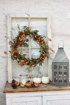 Vintage Farmhouse Decor 11 Fall DIY Farmhouse Décor Ideas That You Need To Try - Looking for fall decor ideas? This article will give you 11 beautiful Farmhouse Decor Ideas for fall. These DIY Farmhouse projects will make your home. Fall Home Decor, Autumn Home, Diy Home Decor, Fall Kitchen Decor, Decor Crafts, Rustic Fall Decor, Room Decor, Cute Diy Crafts, Fall Crafts