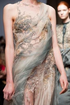 Yiqing Yin Haute Couture Autumn 2013  Posted By: Crazy—Dreams