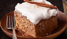 Spice Cake Recipe Without Applesauce. 10 Best Applesauce Spice Cake With Cake Mix Recipes. Spice Cake Mix Recipes, Applesauce Cake Recipe, Delicious Desserts, Dessert Recipes, Fall Desserts, Apple Spice Cake, Cupcake Cakes, Cupcakes, Eat Cake