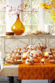 Karin Lidbeck: Bittersweet is Abundant in November - festive, bright and happy fall decor