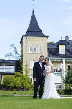Wedding, Wedding ceremony, Summer, Outdoor wedding, beautiful Photographer: Eline Tjeldnes Feminist Writers, Norway Hotel, Wine Cellar, Beautiful Gardens, Wedding Ceremony, Wedding Dresses, Classic, Summer, Outdoor