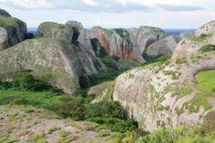 pedras-negras, Angola
