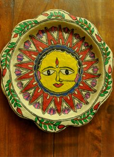 Trays,Indiacraft,Madhubani wall plaque or tray - papier mache sun-12