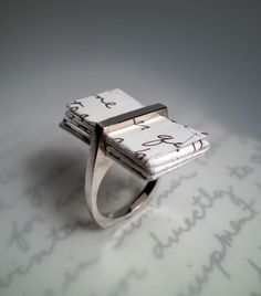 """""""If you know your girl is a little picky, and will probably want to be in on the whole diamond buying part... try proposing with this love letter ring FIRST and then she can pick out her own engagement ring! (or at least help)"""" interesting... what a great idea!!!!"""