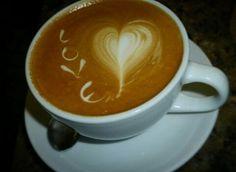 AROMA DI CAFFÈ  Servimos tazas de café llenas de #Amor para ti.  . #CoffeeTime #CoffeeMoments  #CoffeeLovers .   . Café por: @irvin_gonzalezo.o . #Dolces#Café#Espresso#Cappuccino#MomentosAroma#SaboresAroma#Postres#Coffee#Barismo#MeetTheBarista#Caracas#Barista#ILoveCoffee#CoffeeAddicts#Coffee#AromaDiCaffè#Instagramers
