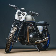Ever since we first laid our sweaty little hands on Triumph's new Bonneville range, we've been itching to see what customisers would do with them. Xt 600 Scrambler, Street Scrambler, Scrambler Custom, Triumph Scrambler, Triumph Bonneville, Tracker Motorcycle, Scrambler Motorcycle, Motorcycle Paint, Bobber