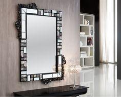 Espejos originales MOSAIC negro/plata. Decoracion Beltran, tu tienda en internet de espejos decorativos. Stained Glass Mirror, Mirror Mosaic, Mirror Art, Diy Mirror, Beveled Mirror, Mosaic Glass, Spiegel Design, Mirror Crafts, Glass Bathroom