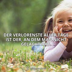 Lachen ist die BESTE MEDIZIN!! (y)   Lachen wirkt befreiend,  baut Stresshormone ab, stärkt das Immunsystem, spannt über 300 Muskeln an......... UND MACHT GLÜCKLICH!!