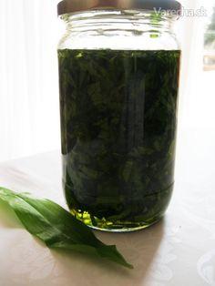 Medvedí cesnak v oleji - Recept