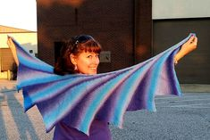 Ravelry: Wingspan pattern by maylin Tri'Coterie Designs Knitted Shawls, Crochet Shawl, Knit Crochet, Stitch Patterns, Knitting Patterns, Crochet Patterns, Knitting Projects, Crochet Projects, Pattern Library