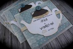 Alice in Wonderland Tea Party por kutekardz en Etsy Mad Hatter Party, Mad Hatter Tea, Happy Unbirthday, Alice Tea Party, Alice In Wonderland Tea Party, Tea Party Birthday, Party Signs, Party Themes, Party Ideas