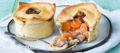 Schattige pasteitjes uit de oven gevuld met een romige ragout van champignons en wortel