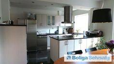 Rosenkildevej 12A, st. th., 3000 Helsingør - Flot eftertragtet 4 værelses lejlighed, med nyt køkken og bad #helsingør #ejerlejlighed #boligsalg #selvsalg