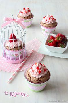 Madame Xícaras: Cupcakes de Chocolate e Morango