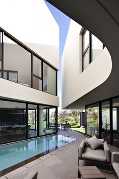 Voluminous two story modern pad in Kuwait: MOP House by Kuwaiti studio AGI Architects