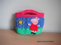 This crochet bag will make a little girl's day. crochet peppa pig purse bag - Media - Crochet Me