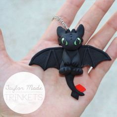 How To Train Your Dragon - Toothless Necklace - Polymer Clay Fimo Sculpey III