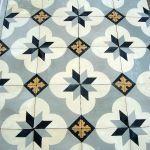 Antique carreaux de ciments tiles - classical French design c.1900 - The Antique Floor Company